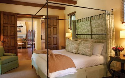 Villa bedroom with canopy bed