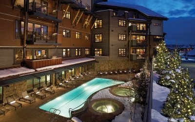 Pool and hot tub at One Steamboat Place