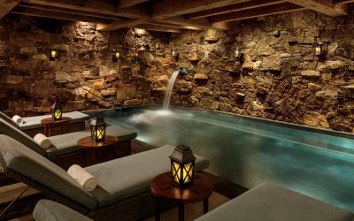 Spa grotto with lounge chairs